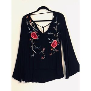 UO staring at stars embroidered flower top